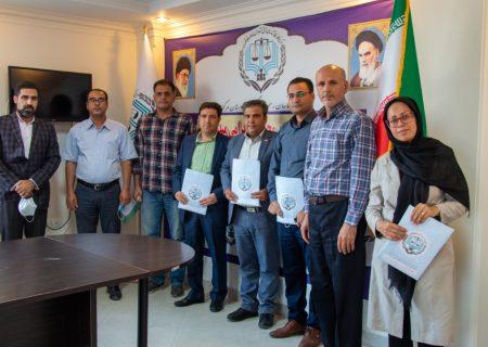 مراسم تحلیف ۴ نفر از کارشناسان جدید مرکز کارشناسان رسمی دادگستری استان مرکزی
